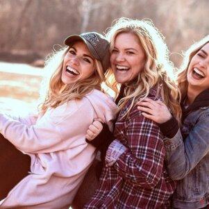 Po šiais 3 Zodiakais gimusios - puikiausios pusseserės iš visų!
