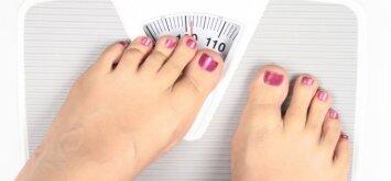 Penki rytiniai įpročiai, dėl kurių priaugate svorio