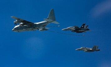 Prie Japonijos – JAV karinių lėktuvų nesėkmė