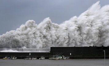 Japonija siaubia taifūnas