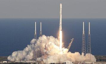 """""""SpaceX"""" paleido raketą su planetų ieškosiančiu NASA zondu TESS"""