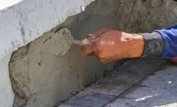 Statybininkai privalo pašalinti paliktą broką
