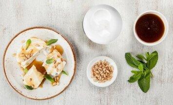 7 greitai paruošiamų salotų receptai