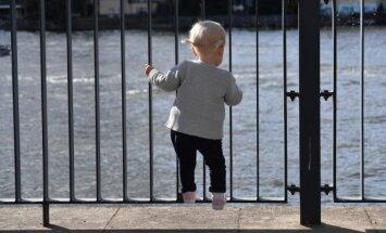 Vaikas gatvėje
