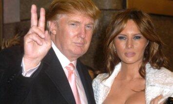 Turi tai pamatyti: Melanios Trump veido išraiška verta milijono