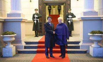 Dalia Grybauskaitė ir Shinzo Abe
