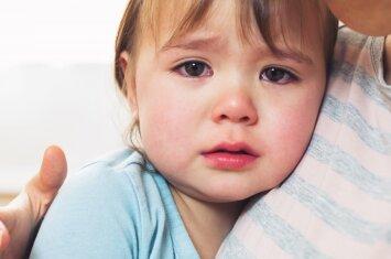 Skriaudžia vaiką: ką daryti pirmiausia