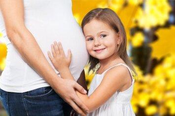 Ar tikrai vaikus gimdyti geriausia iki 35 metų?