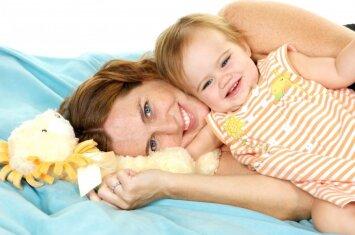 Kaip užauginti laimingus vaikus: prieraišiosios tėvystės principai