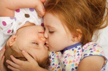 Kaip kuo anksčiau pastebėti pirmuosius autizmo požymius?