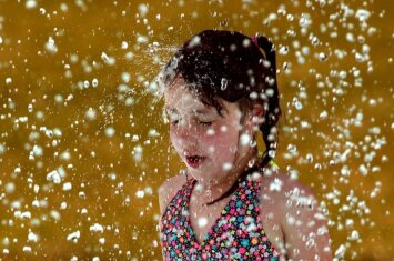 Kaip ištverti karštas dienas: 3 svarbios taisyklės