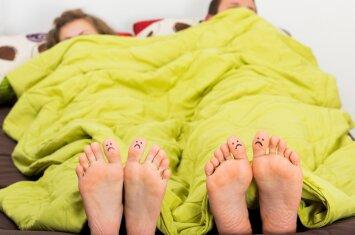 Ar tikrai moteriškas pavydas gimus vaikui sustiprėja?