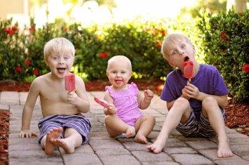 Ką reiškia turėti tris vaikus?