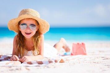 Pasitikime vasarą saugūs ir sveiki: laimėkite losjoną nuo saulės savo vaikui