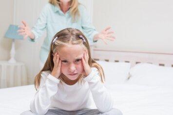 Kai tėvai šaukia, bara ar kelia balsą, vaikas įsisamonina vieną dalyką
