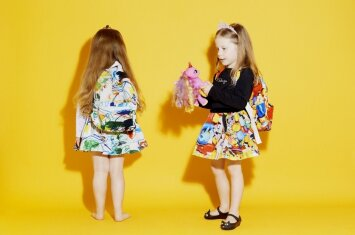 Mamų ir dukrų drabužių ansambliai - ryškiausia šio meto tendencija
