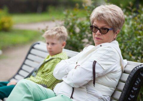 Birutė: vaikas nemėgsta savo močiutės, tiesiog bėga nuo jos – ką daryti?