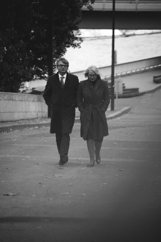 Paryžiuje gyvenanti diplomato Mariaus Lukošiūno šeima: vietiniai atvykėlių nepasitinka išskėstomis rankomis