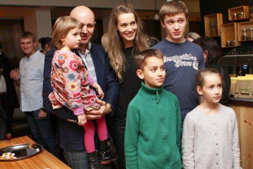 Eglė Grėbliauskaitė-Tursienė su šeima
