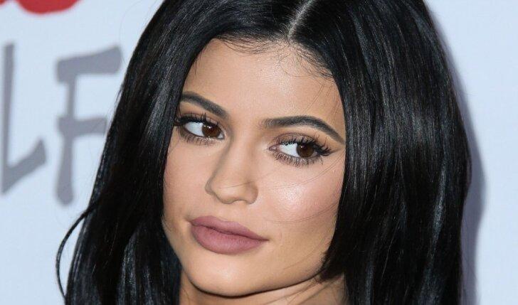 Tai kraupu: mergina įspėja atsargiai naudoti vieną populiariausių kosmetikos priemonių (FOTO)