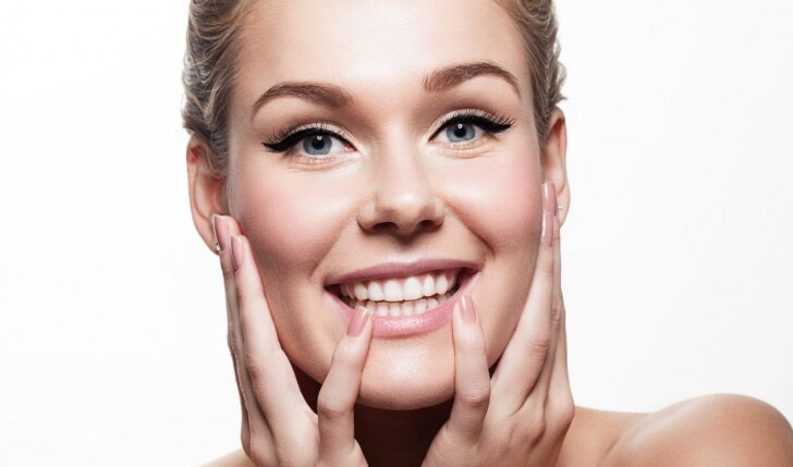 Odos priežiūros specialistė: atgaivink pavargusią odą namuose