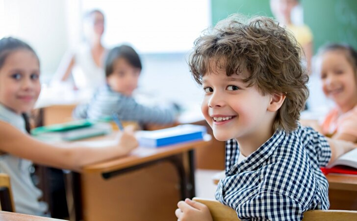 Kurį mėnesį gimusiems vaikams prasčiausiai sekasi mokykloje