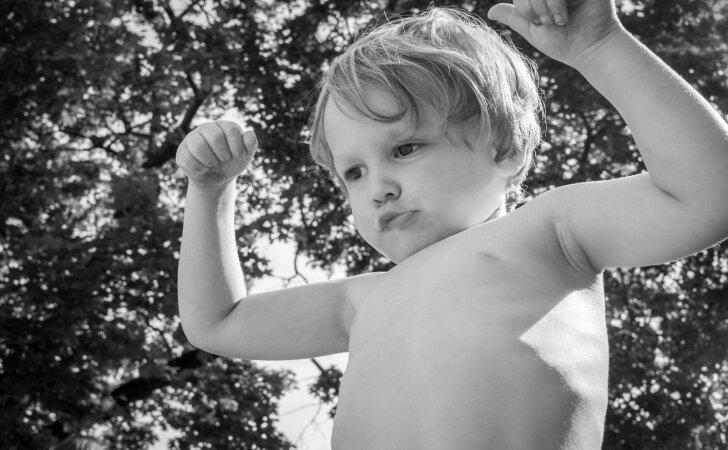 Psichologė – apie dažną tėvų klaidą, kuri vaikui padaro meškos paslaugą