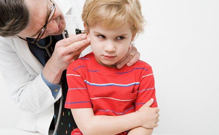 Kaip atpažinti sinusitą, ausų uždegimą ir anginą?