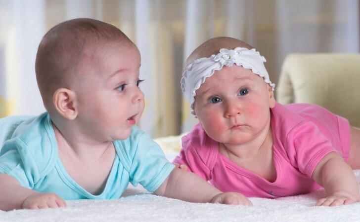 """Apklausa: ką daryčiau kitaip augindama kitą vaiką <sup style=""""color: #ff0000;"""">(rezultatai)</sup>"""