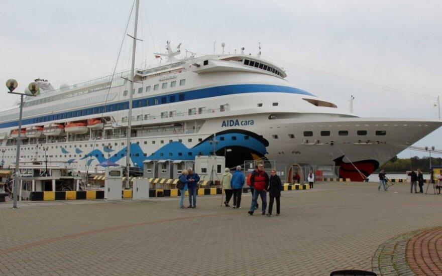 В Клайпедском порту застрял круизный лайнер