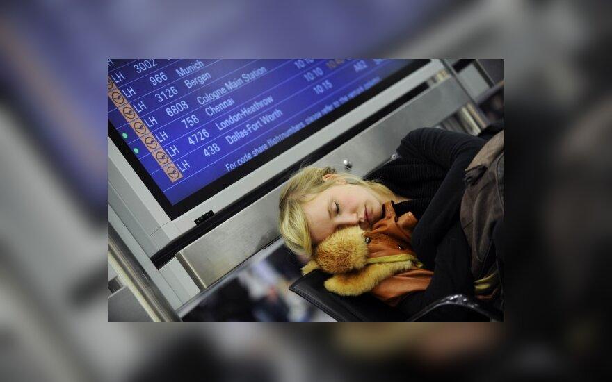 Аэропорт Вильнюса не будет работать как минимум до 16.00
