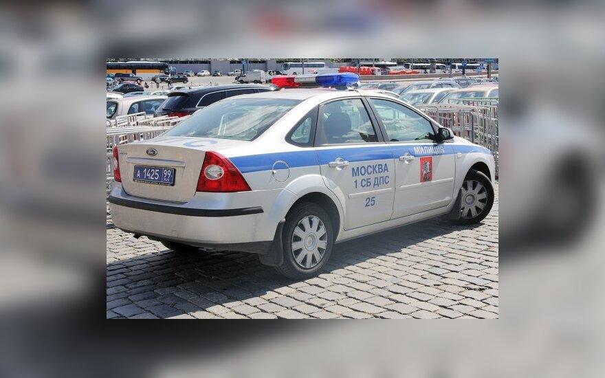 Российским полицейским запретят бить граждан палками по головам