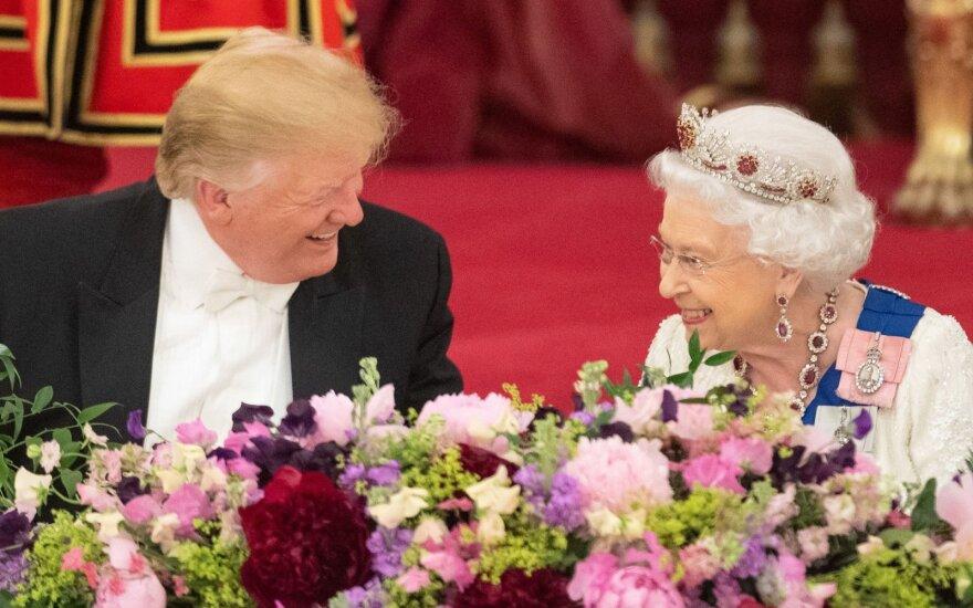Трамп королеве Елизавете: узы, связывающие наши нации, скреплены навечно