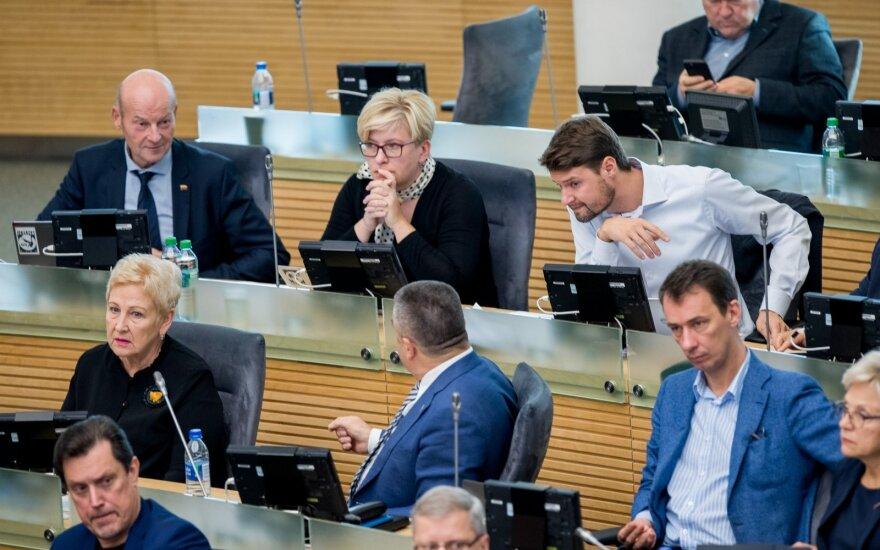 Парламент Литвы принял предложение Науседы: пенсии поднимутся немного больше