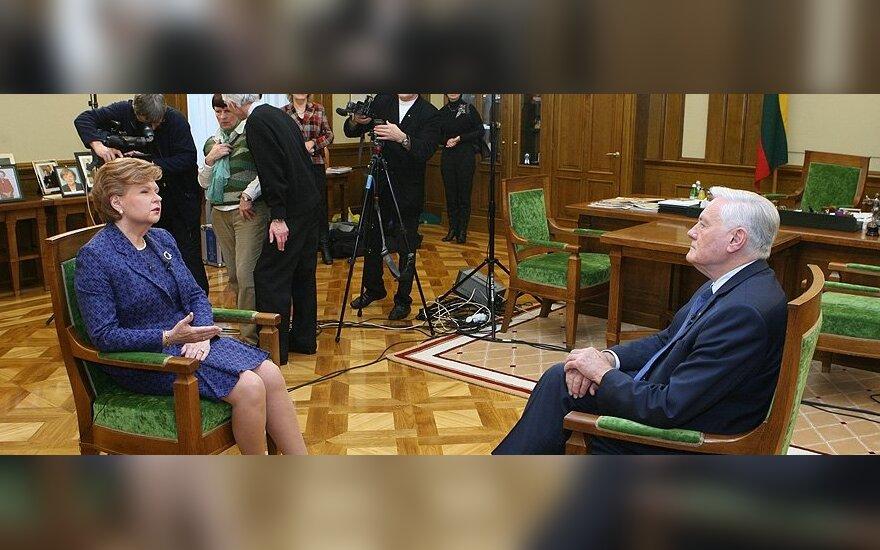 Vaira Vykė-Freiberga ir Valdas Adamkus