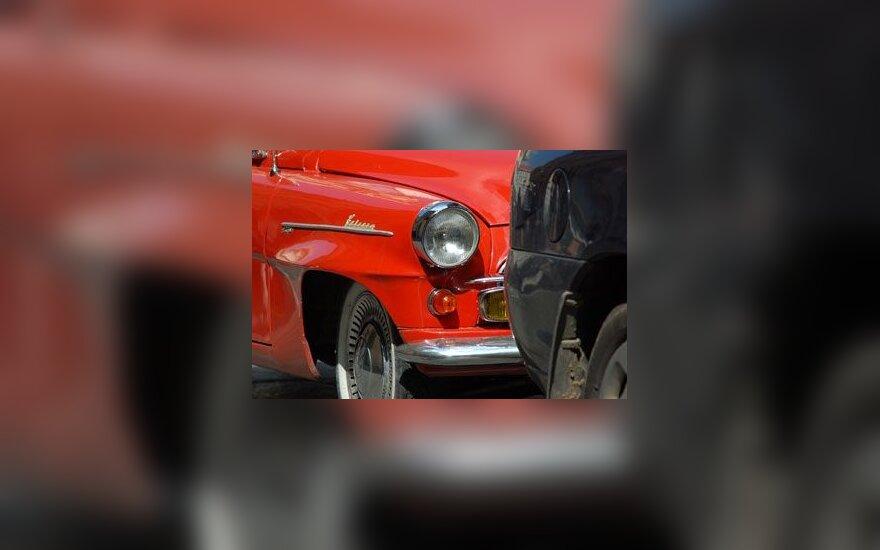 А.Кубилюс заявил о планах ввести налог на все автомобили