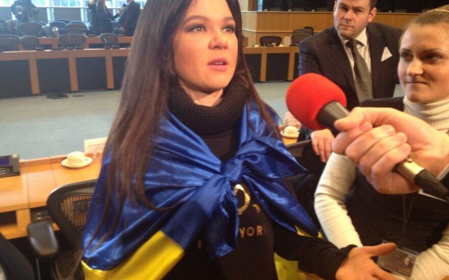 Rusłana: Nie boimy się milicji, nie opuścimy Majdanu