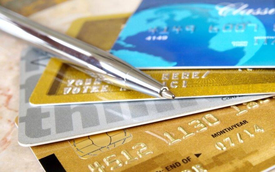 Karty płatnicze przyprawią sprzedawców o ból głowy