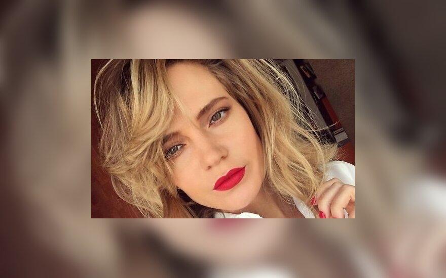 Певица Глюкоза призналась в употреблении экстази, героина и клея