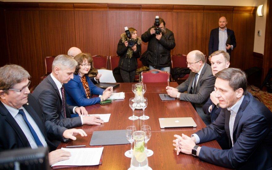 Союз крестьян и зеленых начинает консультации с консерваторами и социал-демократами