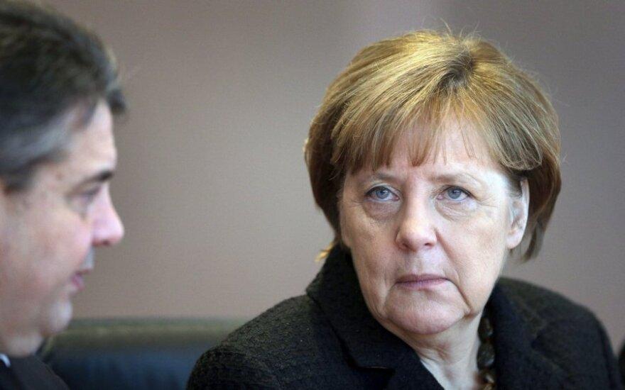 Меркель говорит о необходимости депортации преступников-мигрантов