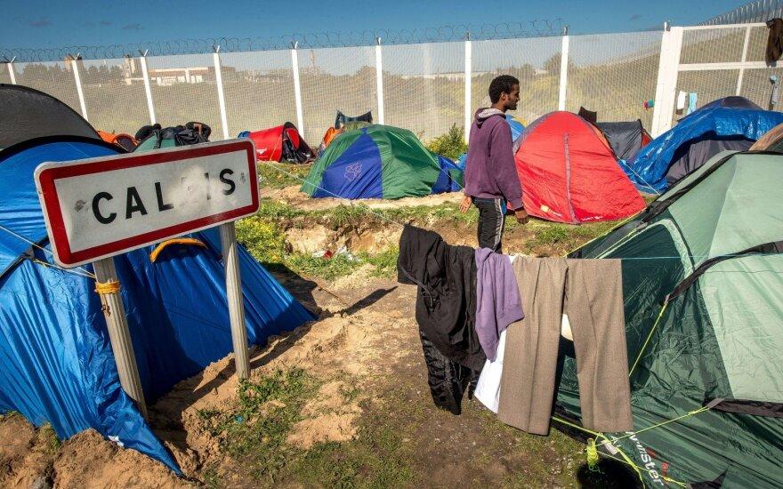 Во Франции хотят пересмотреть соглашение о границе с Британией из-за беженцев