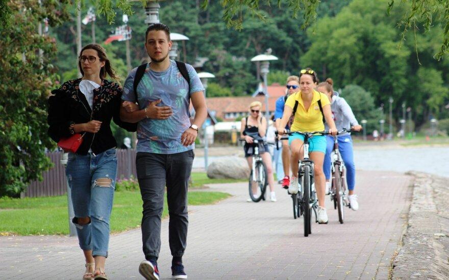 В этом году работающих жителей Литвы ждут 5 долгих выходных