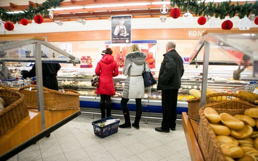 Работники торгового центра в ужасе от того, чем их кормят на работе