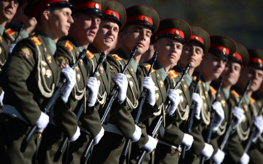Путин запретил увольнять нуждающихся в жилье военных с опытом службы свыше 10 лет