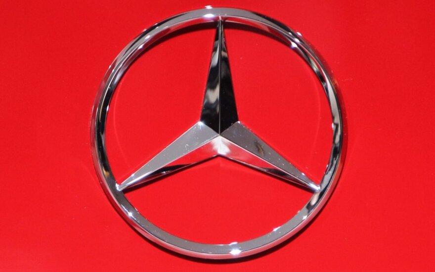 Mercedes 300SL стоимостью в миллионы долларов найден в гараже