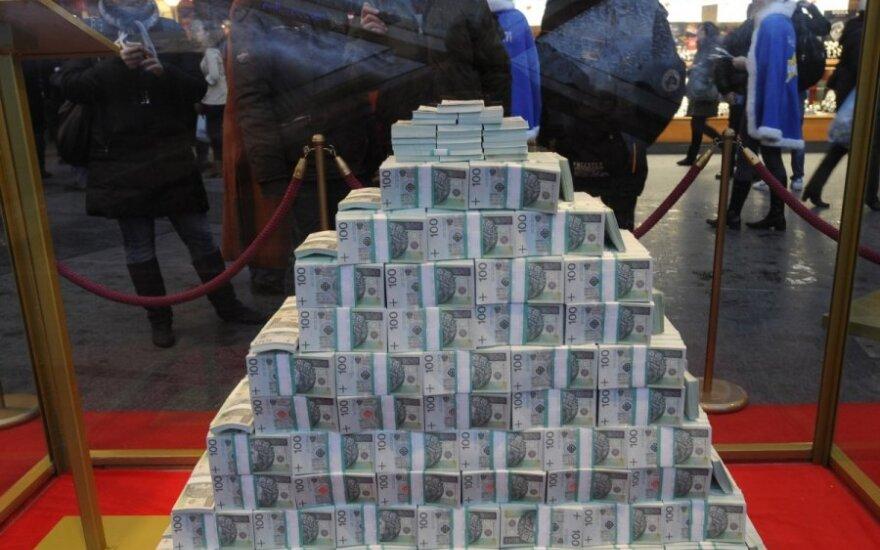 Polscy posłowie wiozą pieniądze na karę za dwujęzyczne tabliczki