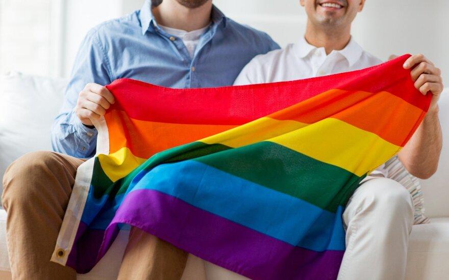 Литовская католическая церковь критикует КС Литвы за понятие однополой семьи