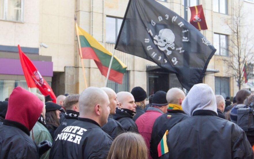 """Социал-демократы осудили """"проявления ультранационализма"""" во время шествия"""