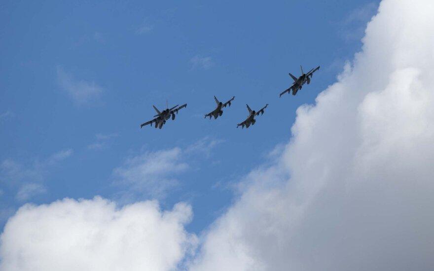 Истребители НАТО четыре раза сопроводили российские самолеты над Балтикой